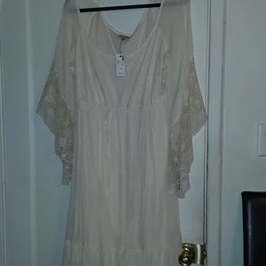 Womams beige dress new never worn